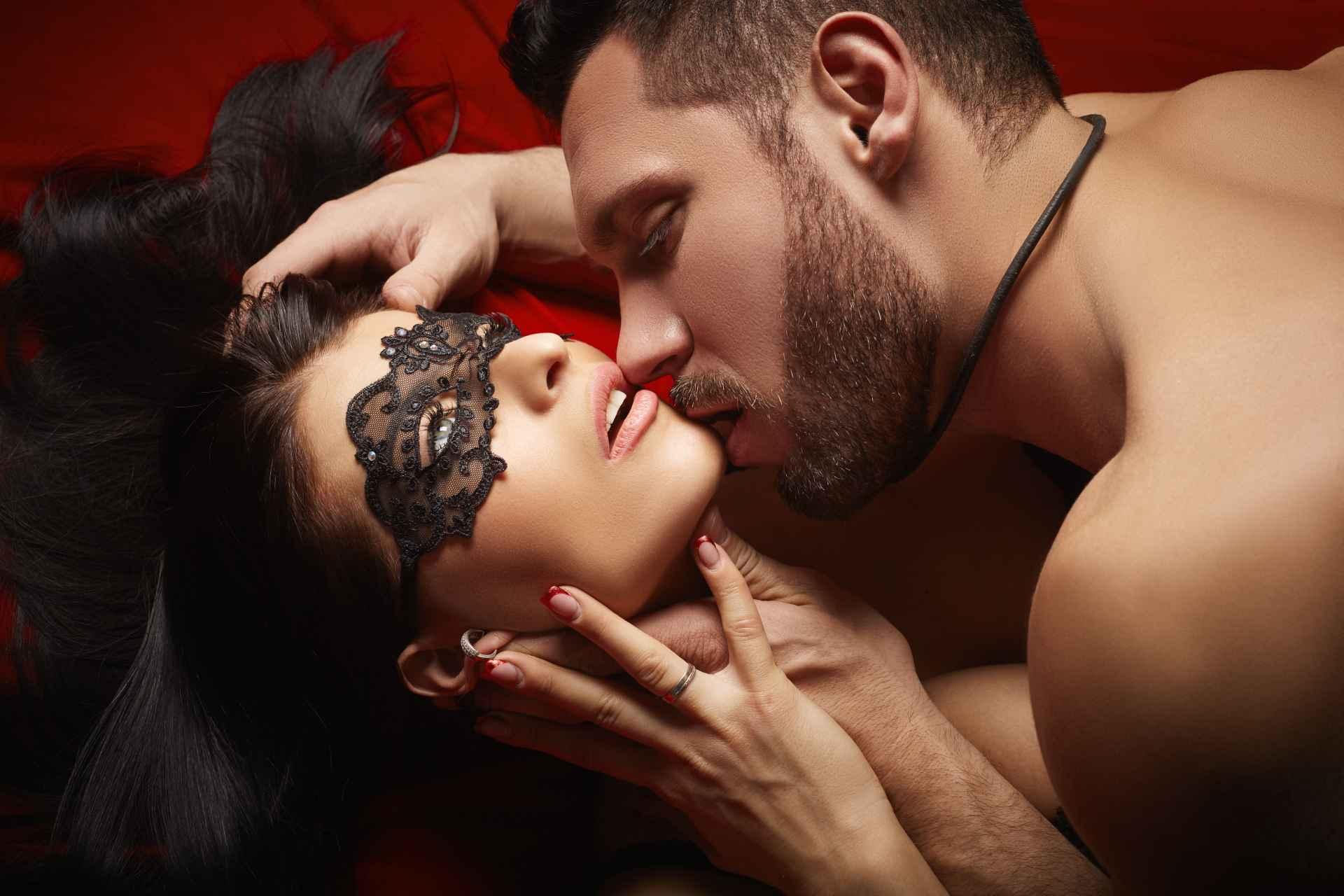 Эротический массаж для мужчин в Киеве